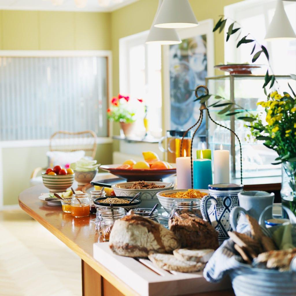 Hotel Kockska Gården i Simrishamn Härlig österlensk frukostbuffé med lokala råvaror
